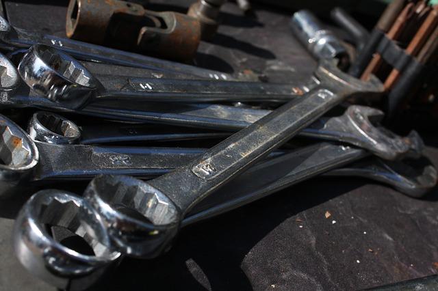 staré nástroje