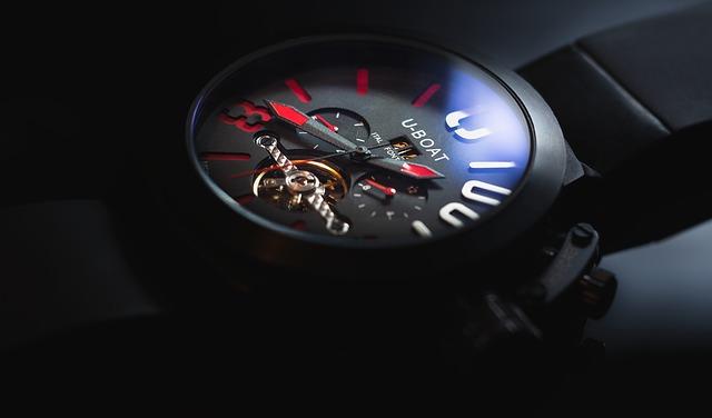 hodinky luxusní