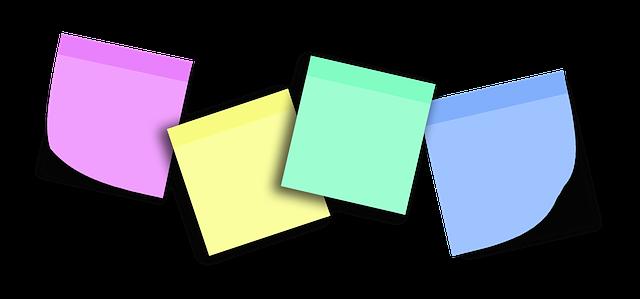 barevné papíry, letáky