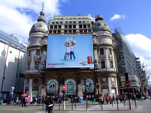 billboard na budově