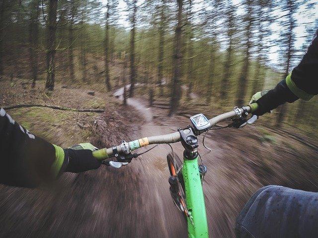 kolo v kopci