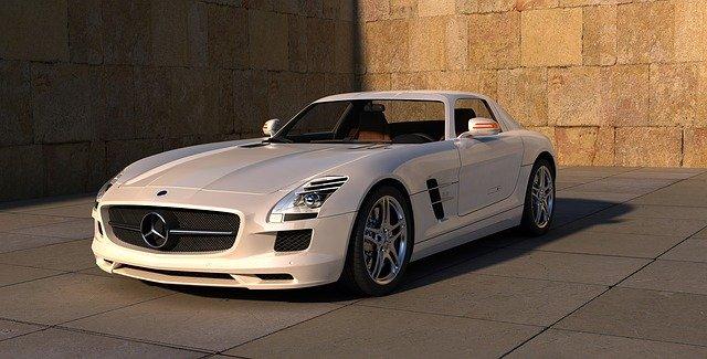 moderní bílé auto