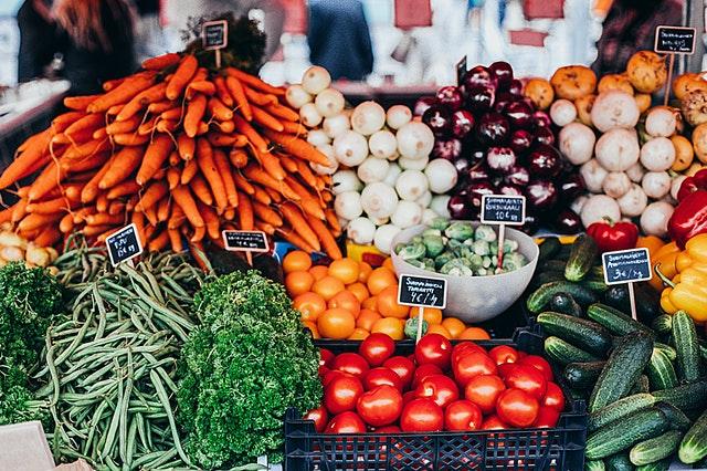 zelenina na trhu